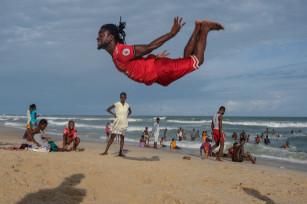 Regula Tschumi Photography album: Boxers, Acrobats and Footballers in Bukom - Regula_Tschumi-0129.jpg