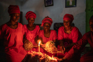 Regula Tschumi Photography album: African Traditional Churches - Regula_Tschumi-0157.jpg