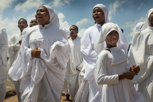Regula Tschumi Photography album: African Traditional Churches - Regula_Tschumi-0013.jpg