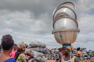 Regula Tschumi Photography album: Markets around the Lake Volta - Regula_Tschumi-1777.jpg