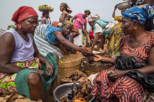 Regula Tschumi Photography album: Markets around the Lake Volta - Regula_Tschumi-1332.jpg