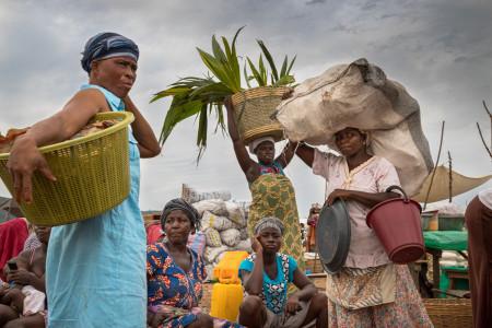 Regula Tschumi Photography album: Markets around the Lake Volta - Regula_Tschumi-1301.jpg